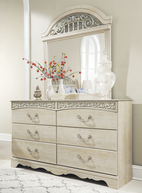 Catalina Dresser great value, great price.