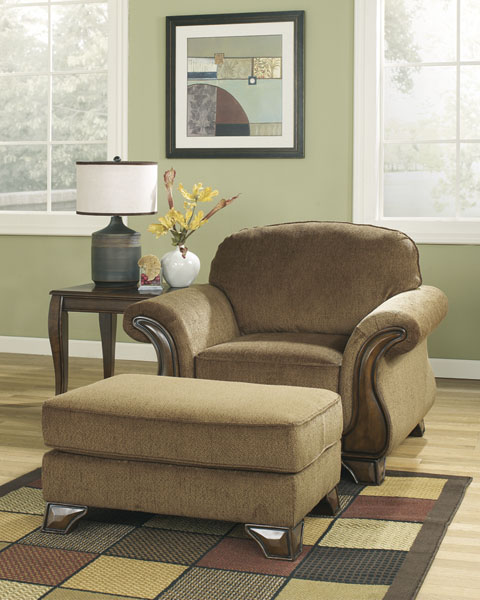 Montgomery Ottoman great value, great price.