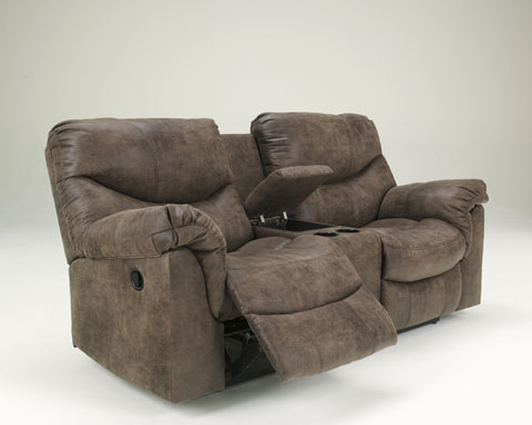 Alzena DBL Rec Loveseat w/Console great value, great price.