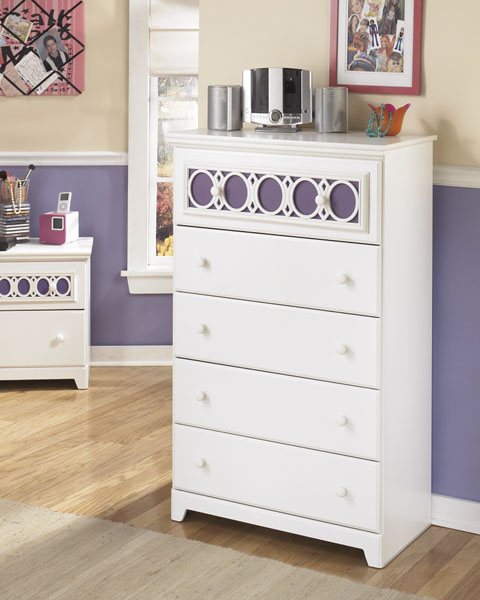 Zayley Five Drawer Chest great value, great price.