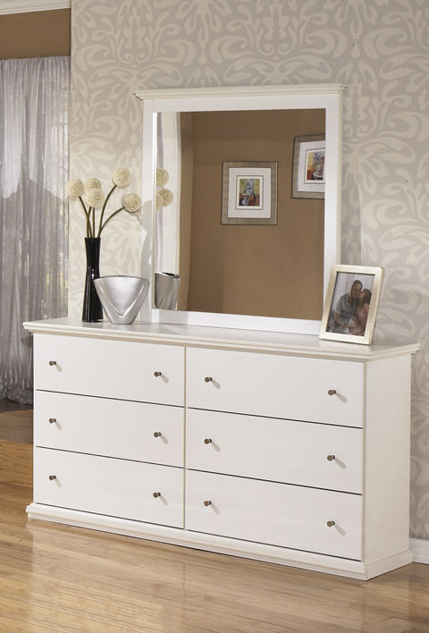 Bostwick Shoals Dresser and Mirror great value, great price.