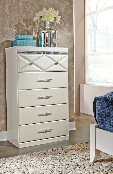 Dreamur Five Drawer Chest great value, great price.
