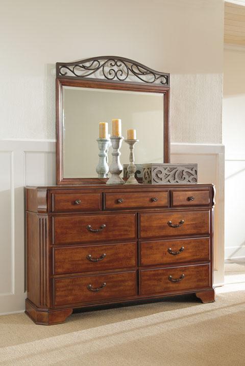 Wyatt Dresser and Mirror great value, great price.