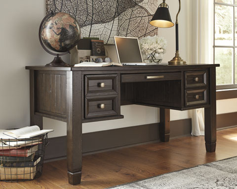 Townser Home Office Desk great value, great price.
