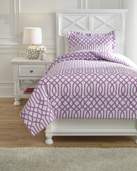 Loomis Twin Comforter Set great value, great price.