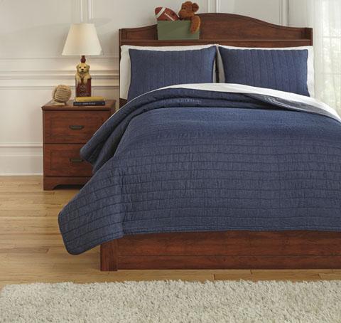 Capella Full Quilt Set great value, great price.